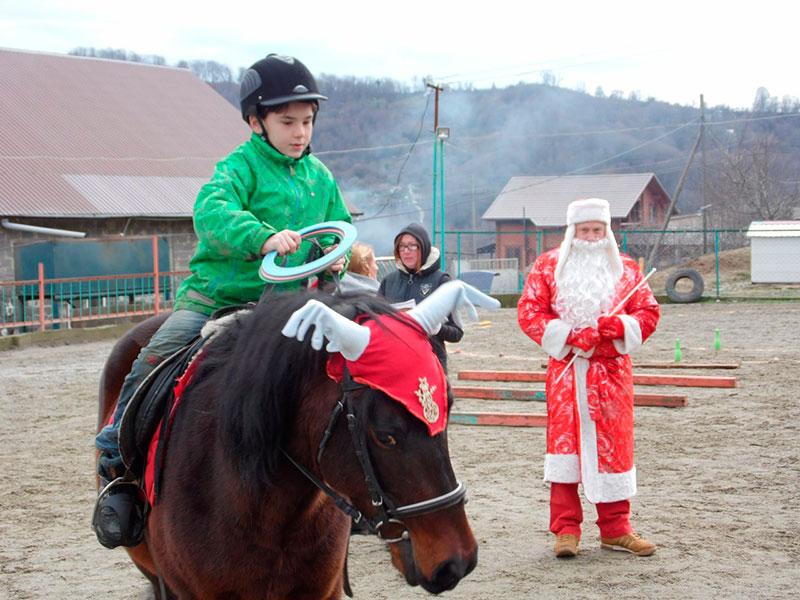 """Соревнования на приз """"Деда Мороза"""""""